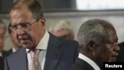 Halkara wekili Kofi Annan Moskwada prezident Wladimir Putin we daşary işler ministri Sergeý Lawrow bilen duşuşar.