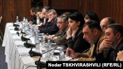 Участники конференции отмечали, что манипулирование в предвыборной борьбе в Грузии имеет свою специфику. Ее хорошо понимают граждане страны, но она часто остается непроницаемой для иностранцев