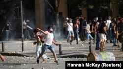 معترضان در بیروت