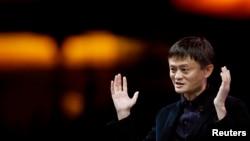 У основателя Alibaba Group миллиардера Джека Ма масштабные проблемы начались после критики в адрес чиновников.