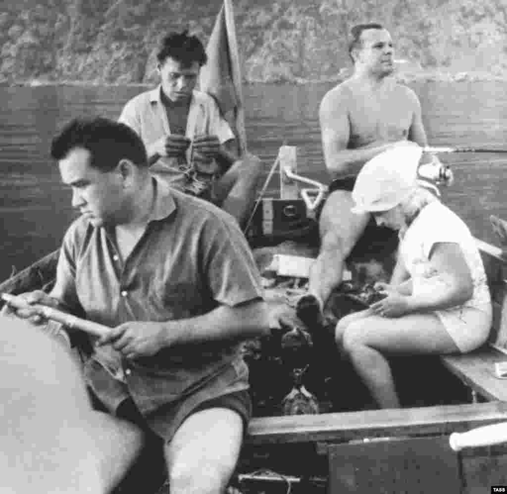 Soviet luminaries like cosmonaut Yury Gagarin, the first man in space, were also frequent visitors to Crimea. Here, Gagarin (smoking) and composer Aleksandra Pakhmutova (far right) during a fishing trip in the resort town of Hurzuf in June 1965.
