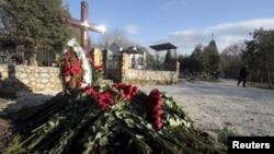 Місце ймовірного поховання Януковича-молодшого у Севастополі, 23 березня 2015 року