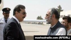 د پاکستان وزیر اعظم یوسف رضا ګیلاني د بلوچستان د وزیر اعلی اسلم ایساني سره