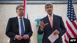 Джон Керри и Филип Хаммонд на конференции государств-доноров в Лондоне