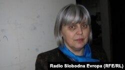 Штефица Ујчиќ, професорка по физика во кумановската гимназија.