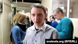 Дзяніса Дашкевіча запісалі на прыём «дармаедаў» першым