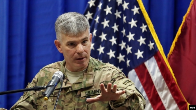 U.S. military spokesman Colonel Steve Warren (file photo)