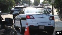 Полицейский автомобиль в городе Александрия в американском штате Вирджиния.
