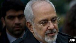 Şweýsariýanyň Lazanna şäherinde Eýranyň daşary işler ministri Mohammad Jawad Zarif. 1-nji aprel, 2015 ý.