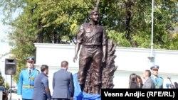 Zašto se sada podgreva odavno adaktirani mit o Milanu Tepiću (spomenik na fotografiji)