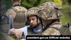 Владимир Зеленский в зоне конфликта, 27 мая 2019