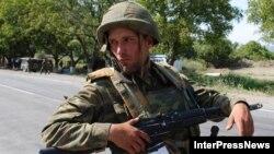 На посту российской армии в 50 км от Тбилиси, 16 августа 2008