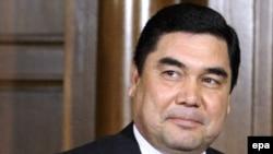 Түркмен президенті Гурбангулы Бердімұхамедов Мәскеудегі сапарында. 24 наурыз. 2009