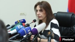 Armenia- The newly elected head of the Commission on Prevention of Corruption, Haykuhi Harutiunian, at a news conference in Yerevan, November 26, 2019.