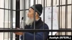 Азимжан Аскаров в зале суда. Бишкек, 10 января 2017 года.
