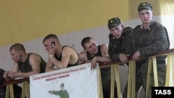 В спортзале Челябинского танкового училища