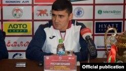 Рустам Ходжаев