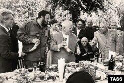 Фідель Кастро та Микита Хрущов. 1963 рік