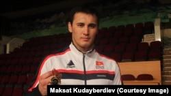 Айаал Лазарев