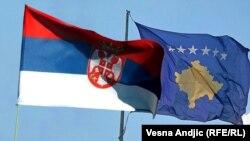 Flamujt e të dy shteteve