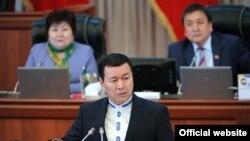 Эмгек, миграция жана жаштар министри Алиясбек Алымкулов 12-декабрда кызматтан алынды.