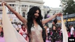 """Avstriya - Conchita Wurst Vyanada """"Həyat balı""""nda. 25 may 2013"""
