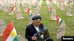 Кладбище погибших от отравления в 1988 году
