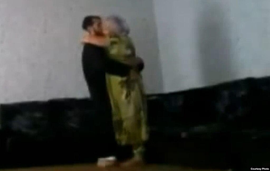 porno-foto-tadzhikistane