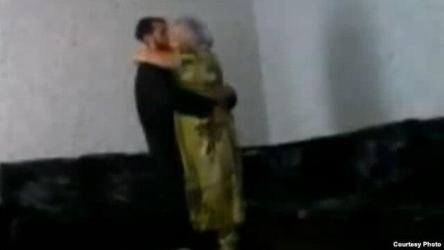 A YouTube video grab of Tajikistan's 'Magic Mullah'