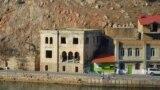 Развалины дачи Юсупова на Таврической набережной в Балаклаве