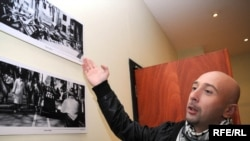 В числе задержанных называются - личный фотограф президента Грузии Ираклий Геденидзе и его супруга Натиа Геденидзе
