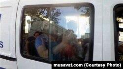Qurban Məmmədov polis bölməsində 5 saatdan çox dindirildiyini deyir