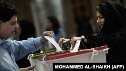 حکومت بحرین مخالفان را متهم کرده که تلاش کردند با ایجاد ترافیک جلوی حضور مردم در پای صندوقهای رای را بگیرند.
