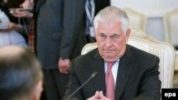 Госсекретарь США Рекс Тиллерсон на переговорах с главой МИД РФ Сергеем Лавровым в особняке