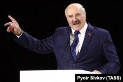 Президент Білорусі Олександр Лукашенко у Житомирі під час форуму Білорусь-Україна