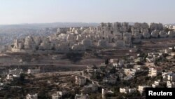 Israel has announced that it plans to build 3,000 more housing units in East Jerusalem and the West Bank.