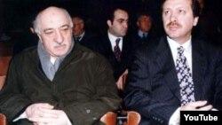 Мусульманский лидер Фетхуллах Гюлен (слева) и Реджеп Эрдоган.