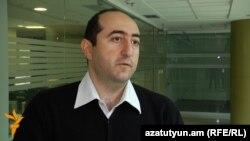 Տնտեսագետ Արտակ Մանուկյանը: