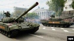 Під час «параду» в окупованому Донецьку, 9 травня 2016 року