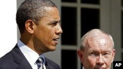 U.S. President Barack Obama (left) with new Joint Chiefs chairman General Martin Dempsey