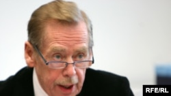 Former Czech President Vaclav Havel said no democratic country could hold an election like that for the Human Rights Council.