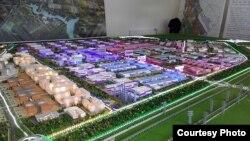 На фота макет забудовы 8,5 км², агулам жа Кітайска-беларускі індустрыяльны парк зойме 91,5 км²