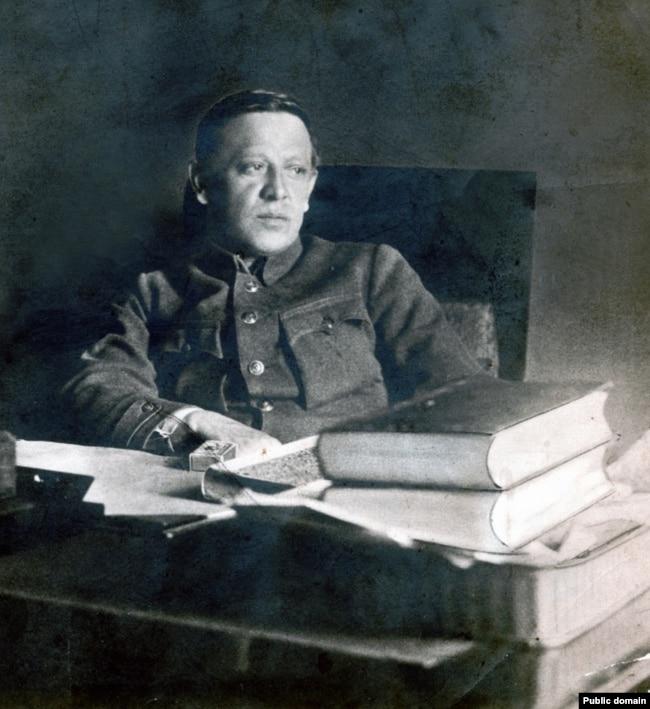 Симон Пелюра