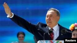Қазақстан президент Нұрсұлтан Назарбаев. Алматы, 1 мамыр 2016 жыл.
