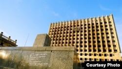 სოხუმი, აფხაზეთის ავტონომიური რესპუბლიკის მთავრობის ყოფილი შენობა