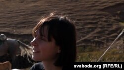 """Кацярына Кібальчыч на здымках фільму """"Кроў з малаком""""."""