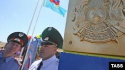 На казахстанско-российской границе. 4 мая 2009 года.
