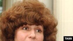 В среду на первых слушаниях по убийству Политковской Московский окружной военный суд отклонил ходатайство защиты потерпевших о том, чтобы отложить процесс из-за болезни адвоката Каринны Москаленко