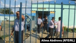 Кеңқияқ ауылындағы полиция бөлімшесі. Ақтөбе облысы, 1 шілде 2011 жыл.