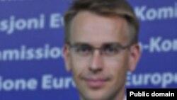 ԵՄ հանձնակատարի խոսնակ Փիթեր Սթանո